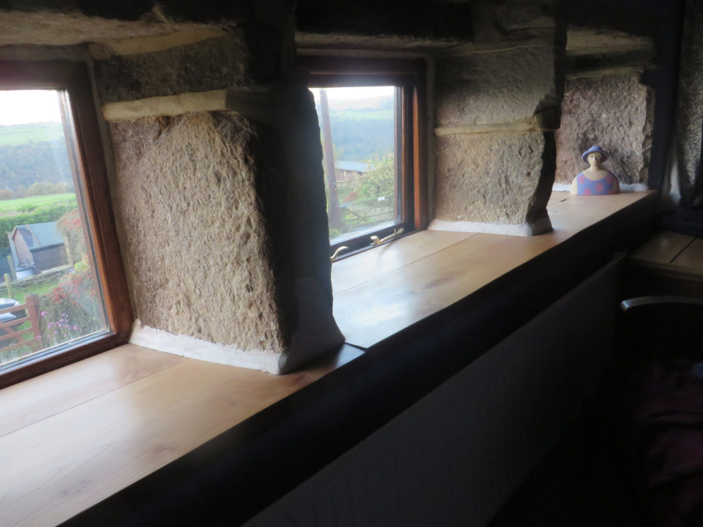 picture of a sill and a window